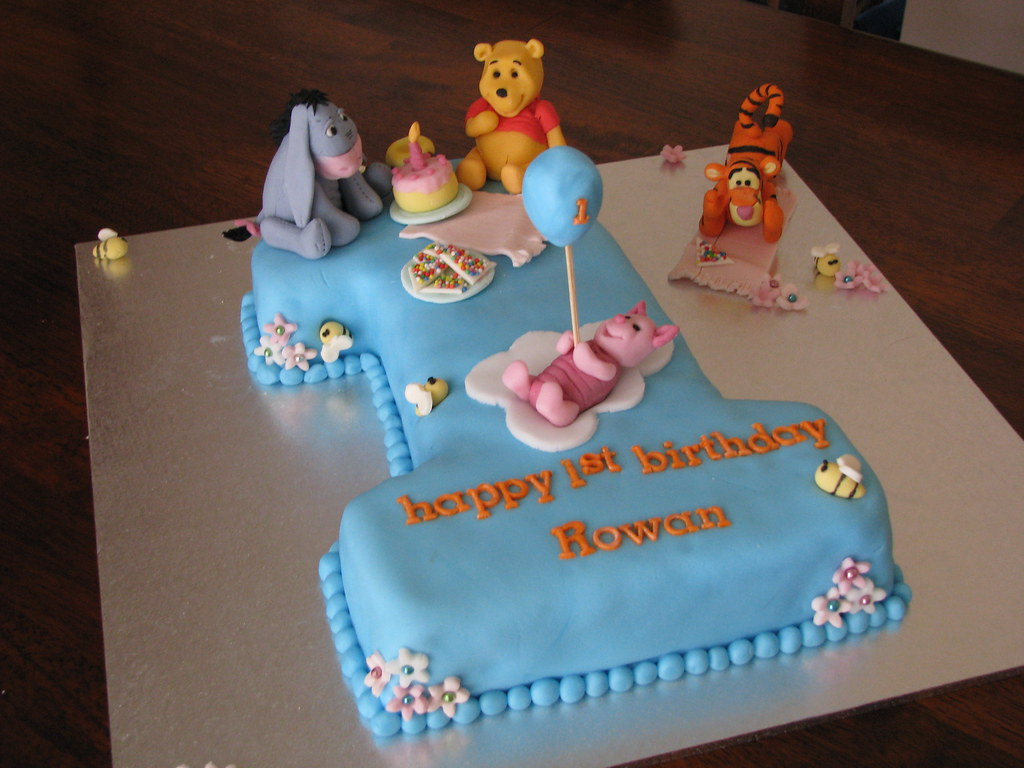 Winnie The Pooh Friends 1st Birthday Cake 1st Birthday C Flickr