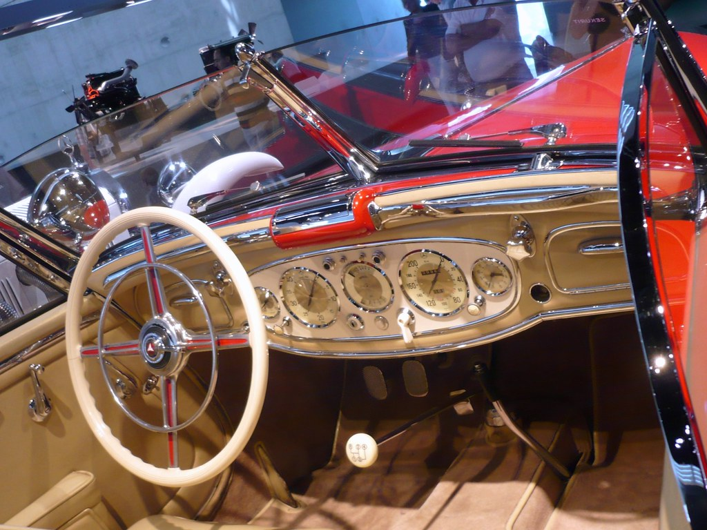 Armaturenbrett oldtimer  Armaturenbrett Mercedes Benz Oldtimer, Vintage Dashboard :… | Flickr