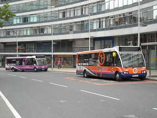 First Manchester's Metroshuttle buses | by Gene Hunt