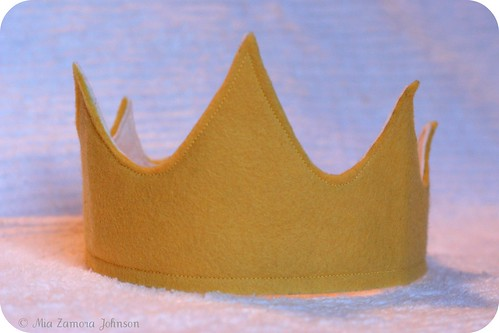 Birthday boy's felt crown | by *mia*