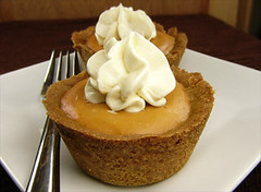 Mini Pumpkin Pies - Thanksgiving 2008 | by River (Wing-It Vegan)