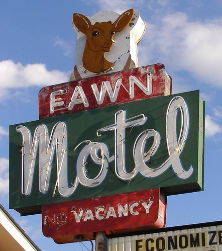 Fawn Motel | by RoadsideArchitecture.com