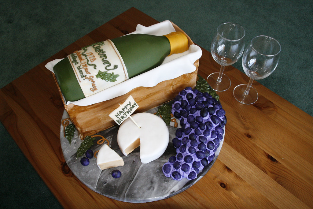 Gwenns Wine Bottle Birthday Cake This Cake Was For A Birt Flickr