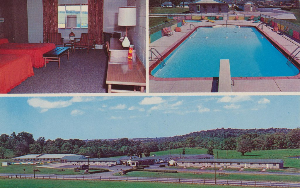 Baker's Motel  - Norwich, Ohio