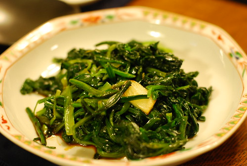 Sauteed spinach with garlic | by koishikawagirl
