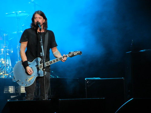 Foo Fighters Debut New Song - 'The Sky Is A Neighbourhood'