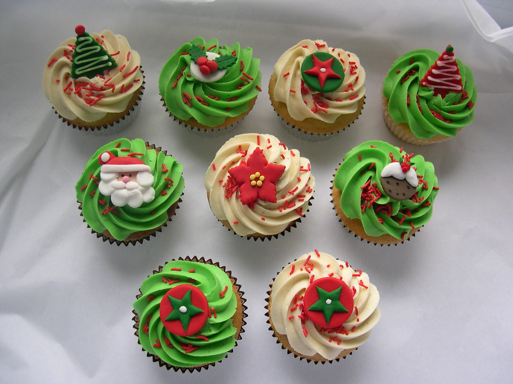 Cupcakes for christmas giveaways