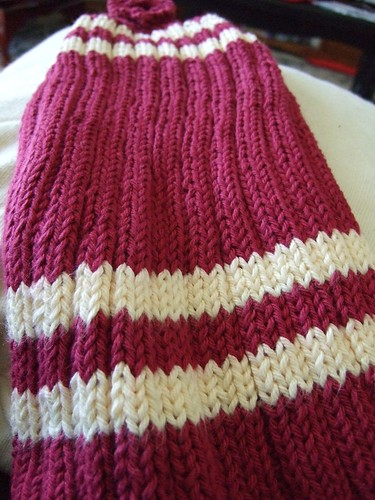 burgundy towel | by Bellsknits