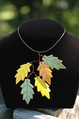 leaf necklace in summer to fall colors | by malamoose beadery