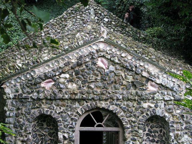 Scott's grotto, Ware
