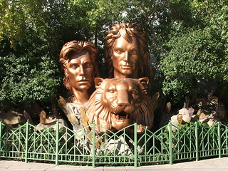 Siegfried & Roy's Secret Garden and Dolphin Habitat at the Mirage Las Vegas | by kikolani