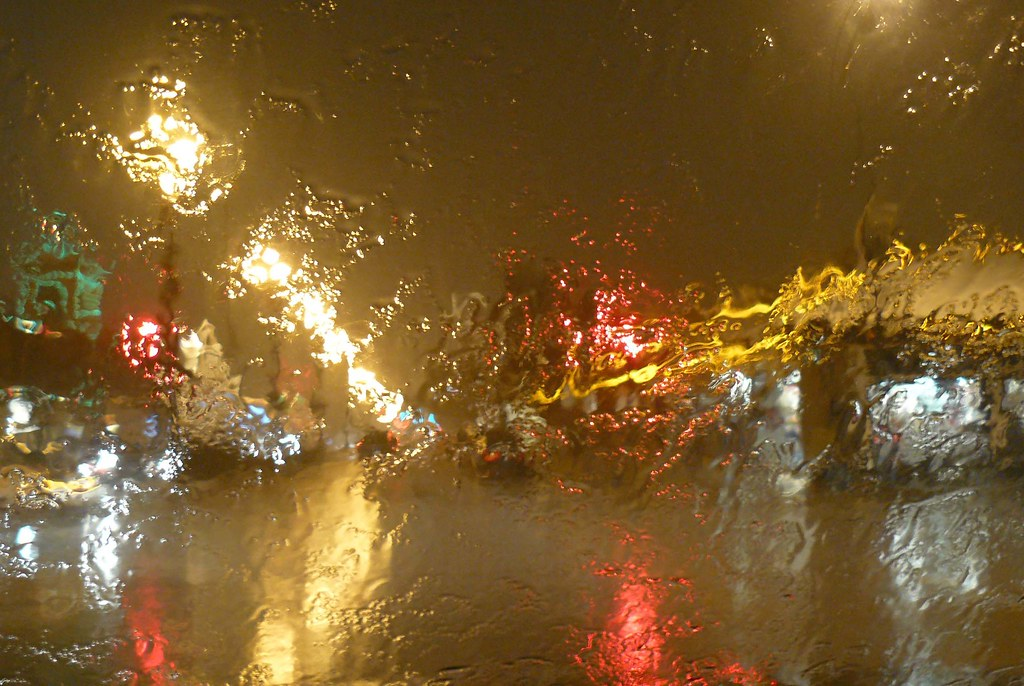 Kansas City Plaza Christmas lights   during a bizarre thunde…   Flickr