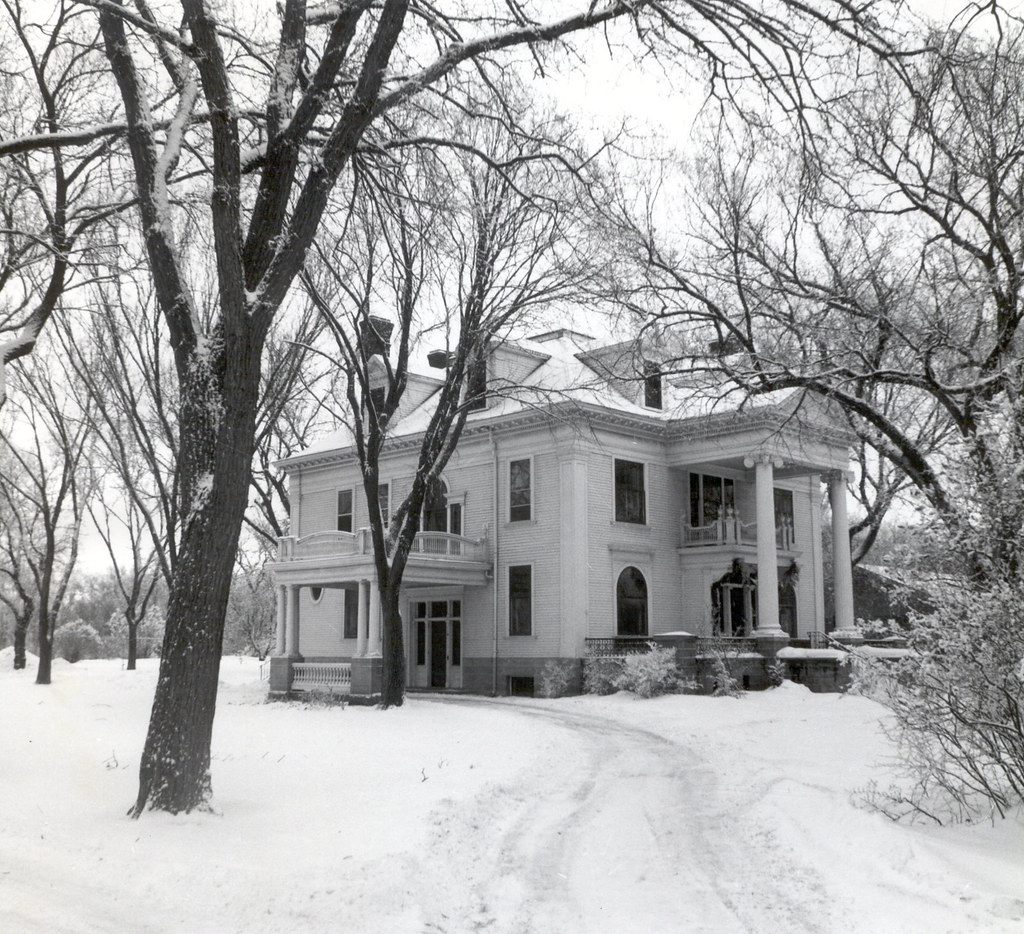 Miraculous Fishback House Brookings Sd The Fishback House Is A Well Flickr Hairstyle Inspiration Daily Dogsangcom