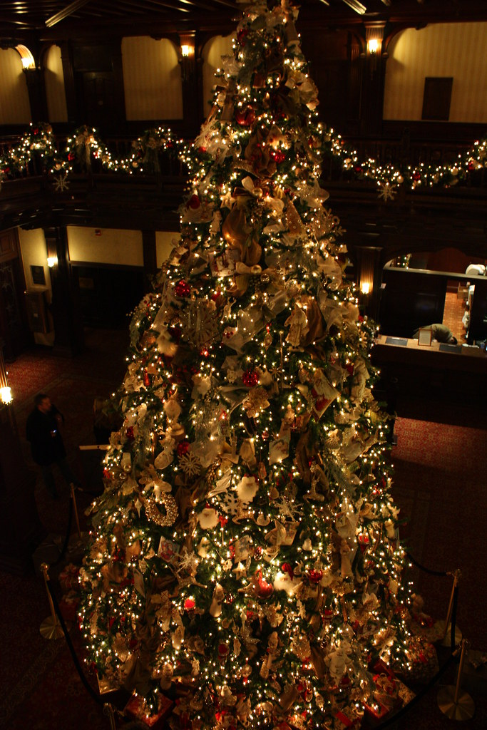 Christmas Tree at Hotel Del | Jeremiah Smith | Flickr