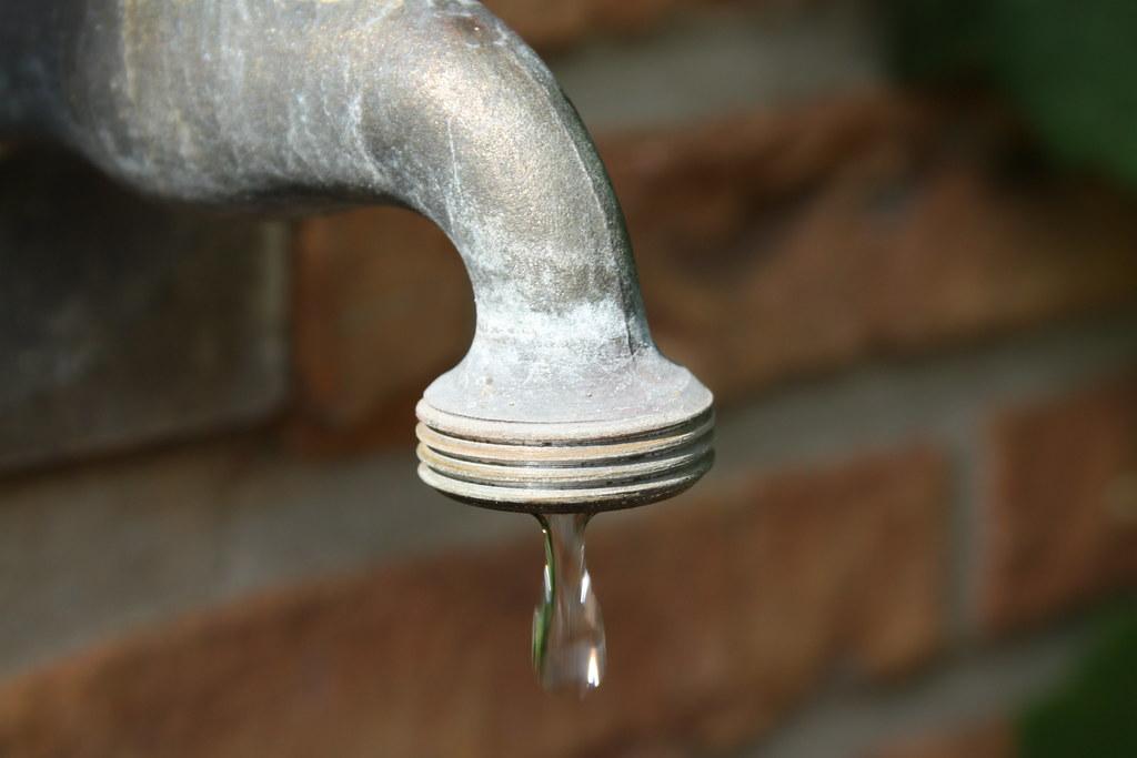 Leaky faucet | Maarten Van Damme | Flickr