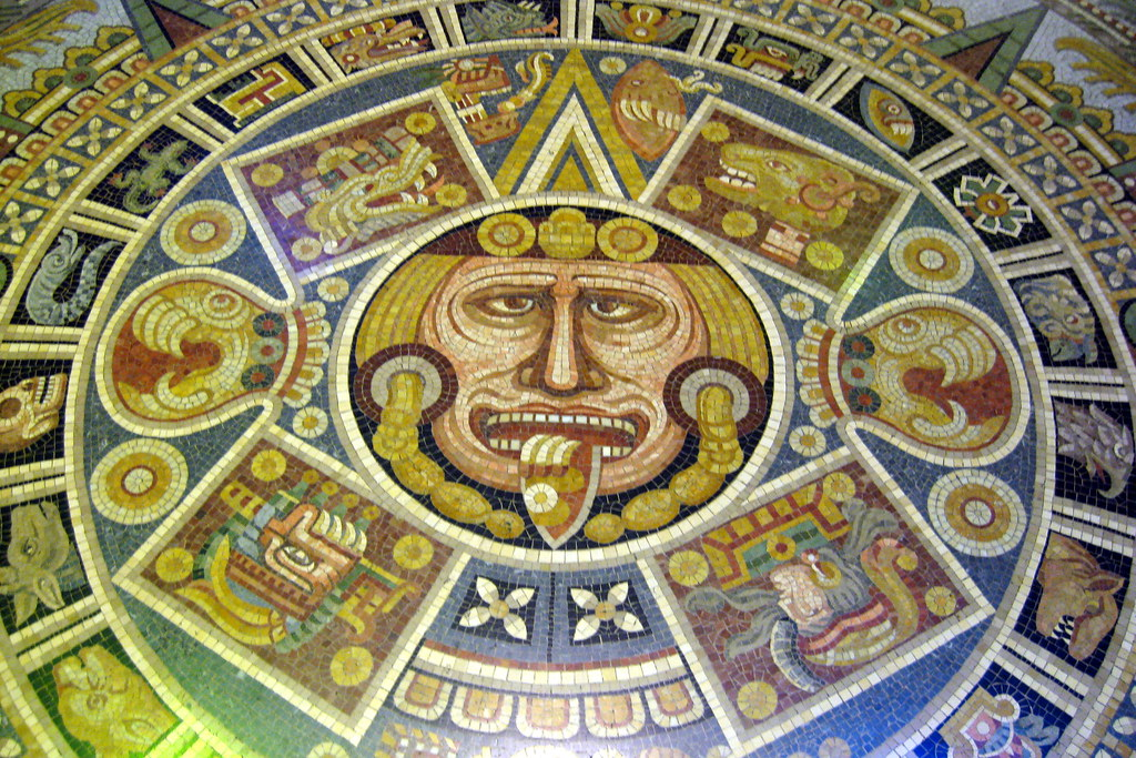 Nyc Amnh Aztec Sun Stone This Terrazzo Inlay Represent Flickr