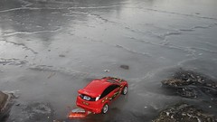 R/C Focus on the ice | by KC-Bike