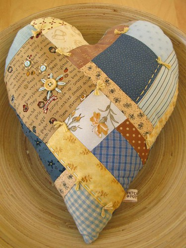 Patchwork Heart pillow | by PatchworkPottery