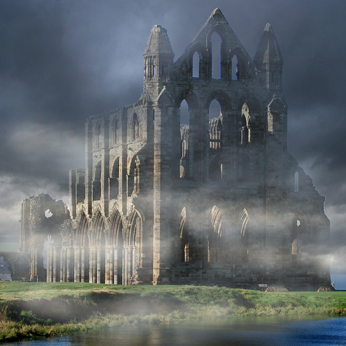Sea Fret clearing, Whitby Abbey....... | by Tall Guy