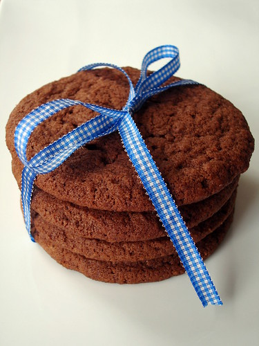 Giant chocolate sugar cookies | by Patricia Scarpin