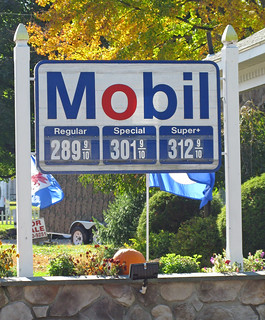 Mobil Station Sign, Rhinebeck NY | by NNECAPA