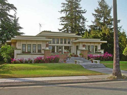 Prairie style house san jose california light for Prairie style house characteristics