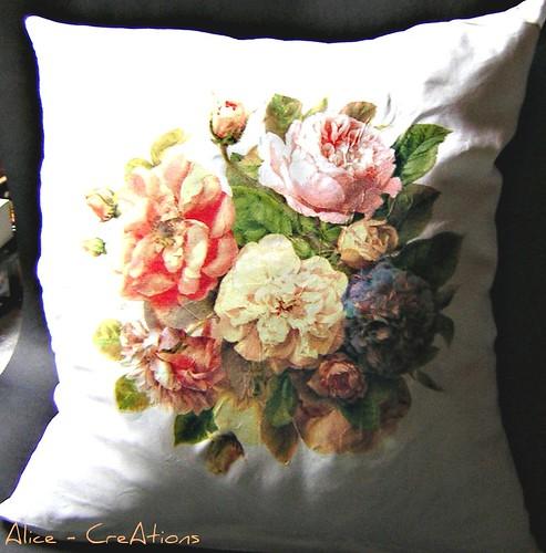 old roses noch ein seidenkissen ind decoupage technik das flickr. Black Bedroom Furniture Sets. Home Design Ideas