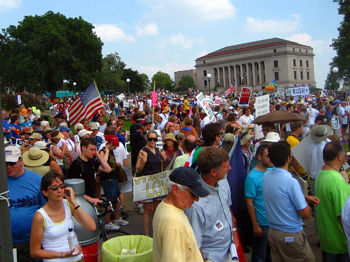 crowd massing  at capitol | by Vemrion