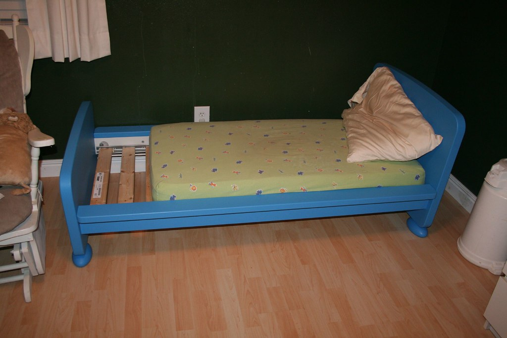 beds frame bedding toddler mattress for full at metal of white size bed