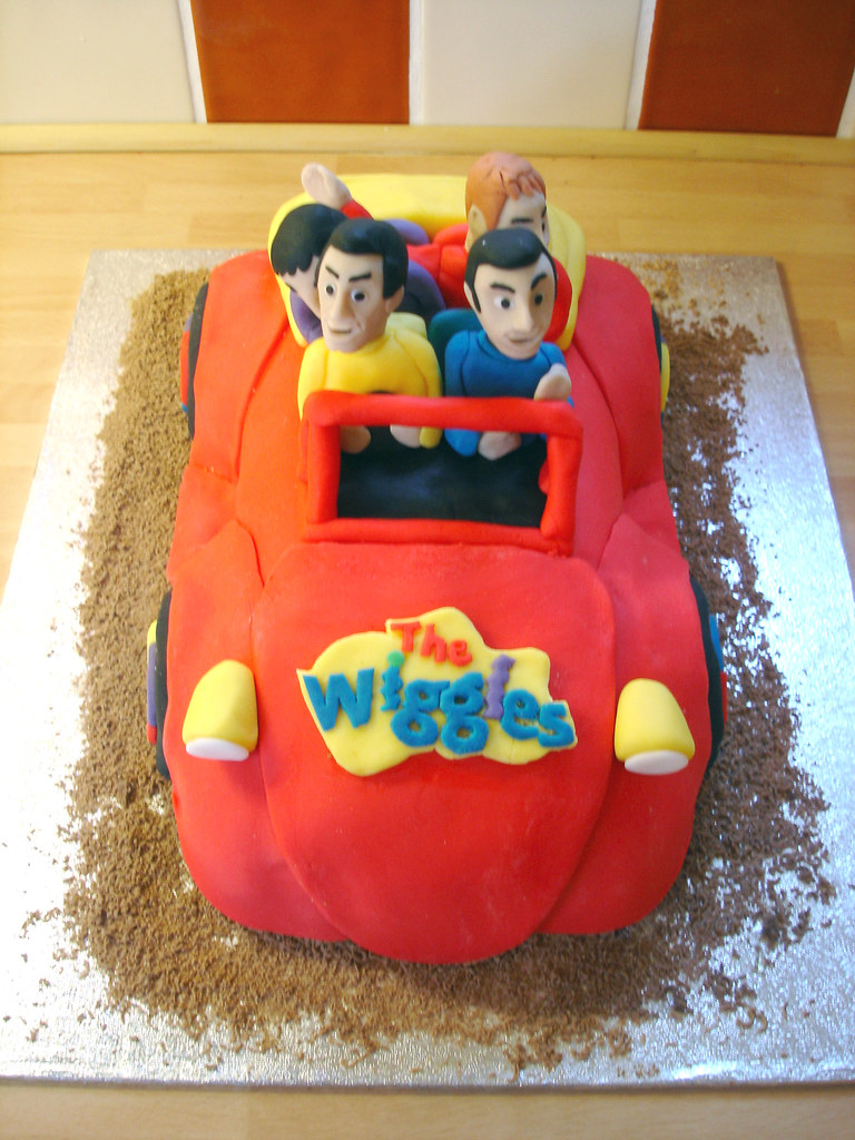 The Wiggles Big Red Car Birthday Cake 2 Layer Sponge Cake Flickr