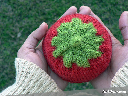 Tomato Baby Hat | by :Salihan