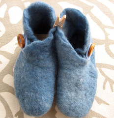 baby booties, indigo | by feltcafe