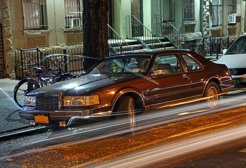 1992 lincoln mark vii lsc at night passing traffic helps flickr. Black Bedroom Furniture Sets. Home Design Ideas