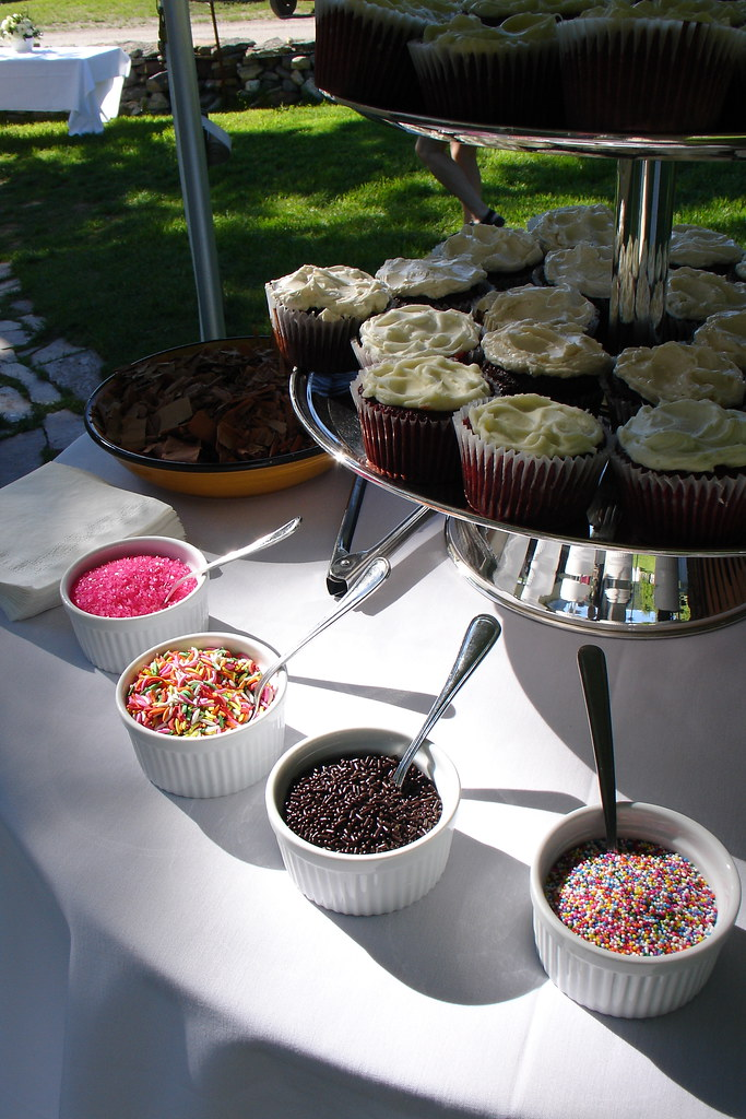 Cupcake Decoration Station For A Summer Solstice Wedding Flickr
