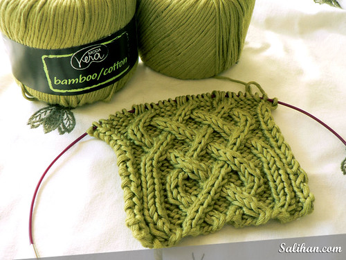 Celtic Cable Neckwarmer | by :Salihan