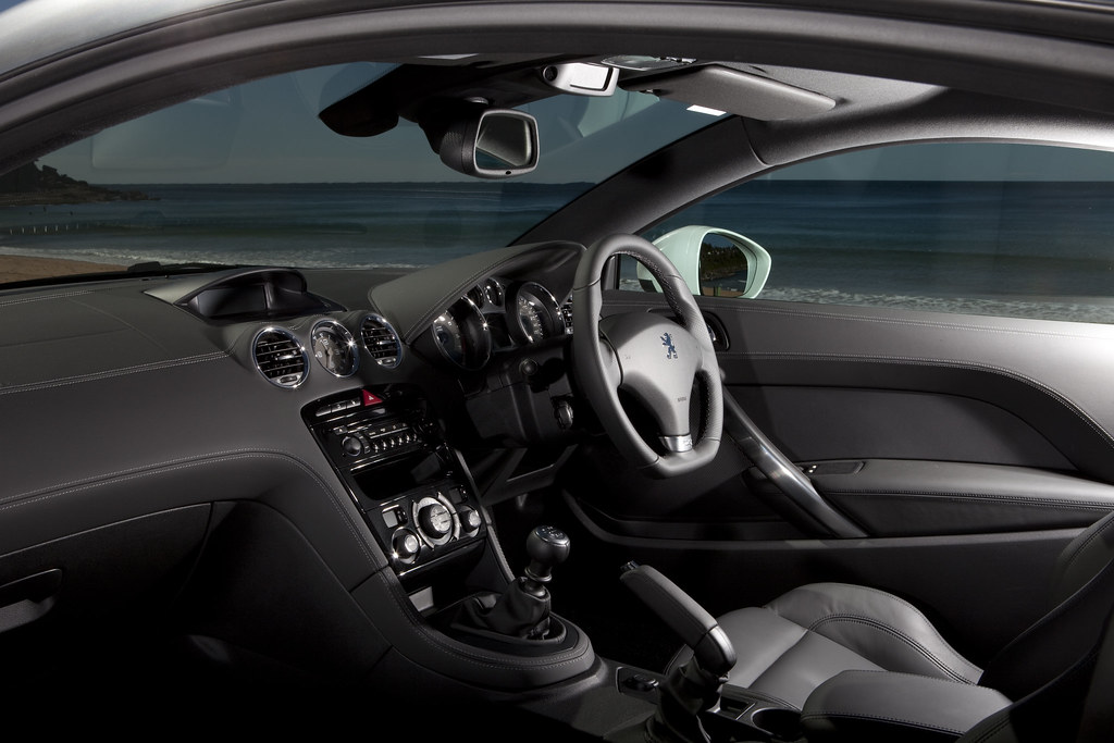 2011 Peugeot Rcz Nrma Drivers Seat Step Inside And Up Fr Flickr