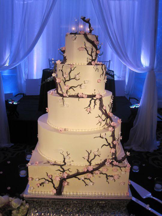 Cherry Blossom Wedding Cake | Huge five tier cake!!! Butterc… | Flickr