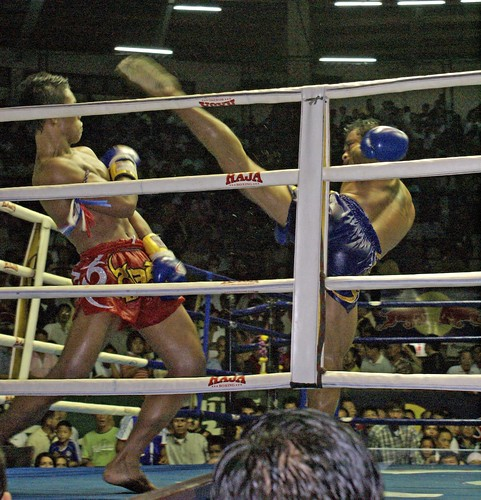 Muay Thai at Lumpinee Stadium, Bangkok, Thailand | by IV2K