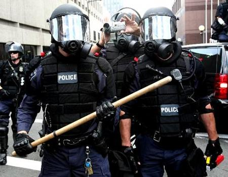 riot police in st paul minnesota outside the republican flickr. Black Bedroom Furniture Sets. Home Design Ideas