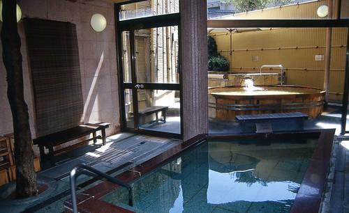 0003-1 箱根・湯河原 箱根湯本温泉 早雲足洗いの湯 和泉