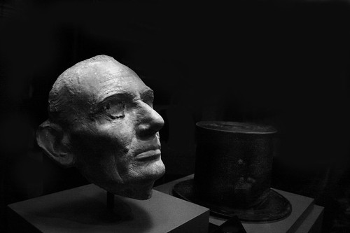 Lincoln S Life Mask Honest Abe Occupies A Soft Spot In