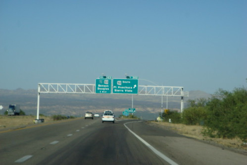 turnoff from Tucson to Sierra Vista | by marybethmn