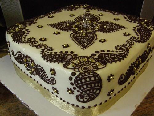 Cake Decorating Blog Sites : pranjal cake My second henna design cake, took me about ...