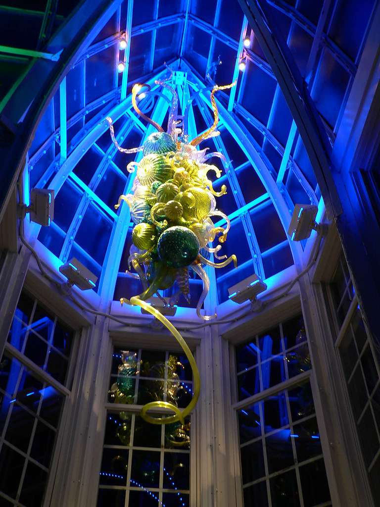 Dale chihuly glass chandelier installation at the frankl flickr dale chihuly glass chandelier installation at the franklin park conservatory by m60freeman arubaitofo Image collections
