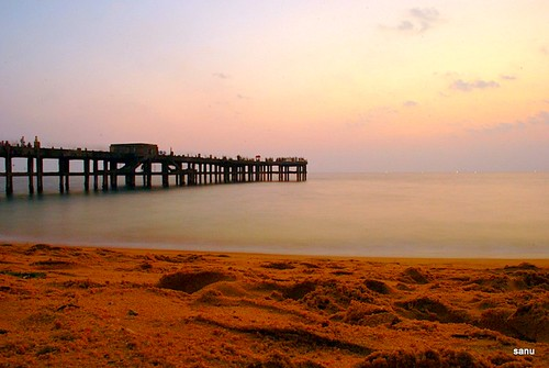 Valiyathura sea bridge, Trivandrum | by georgesanu