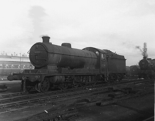... 63785 04/8 at Retford GN Shed 6.05pm, 11th April 1965 + LIST