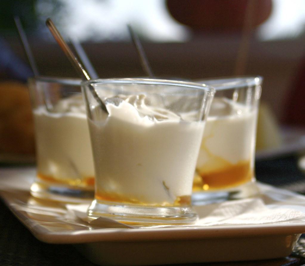 Resultat d'imatges de iogurt