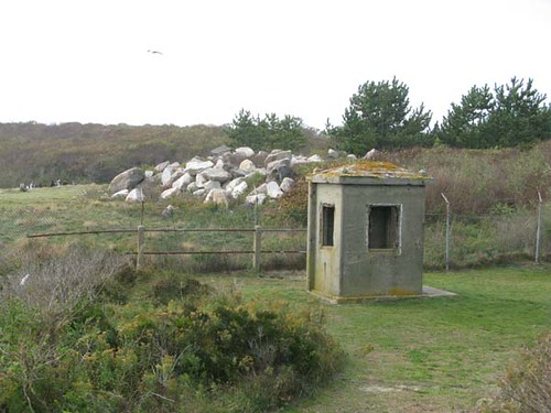 montauk - day three - 75 - bunker | by nervous bird