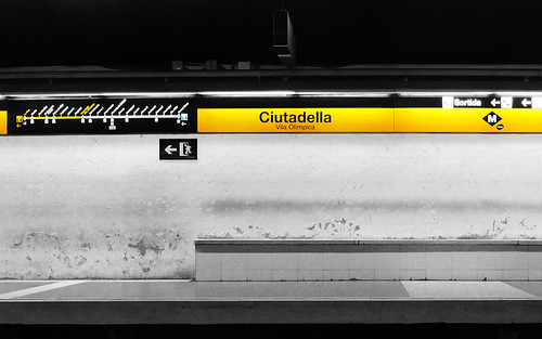 Barcelona Subway | by Tom Roeleveld