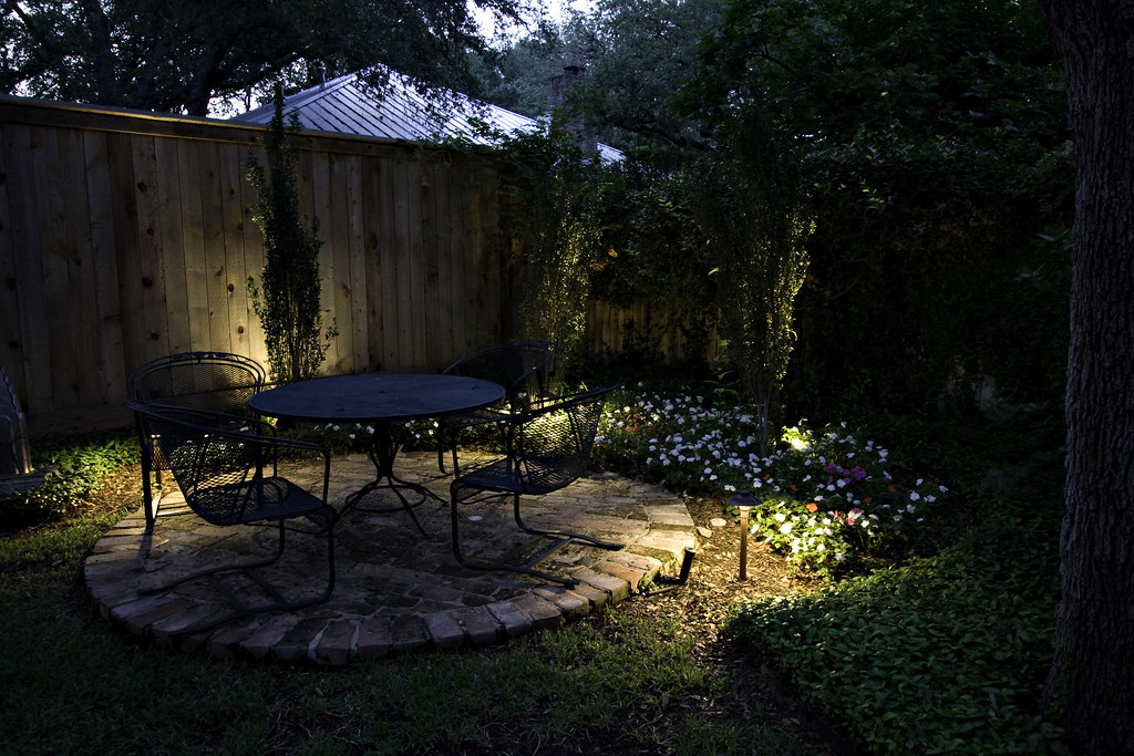 Accent Outdoor Lawns and Gardens with Landscape Lighting